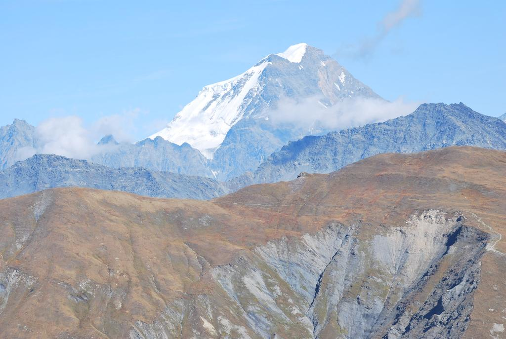 Il rifugio Elena ed il sentiero TMB per il Col du Grand Ferret