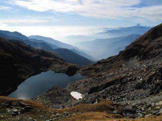 Il vallone di salita e il Lago Chardonnet