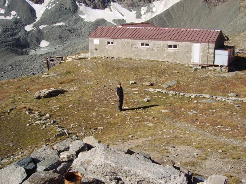il vecchio rifugio ora museo e locale invernale