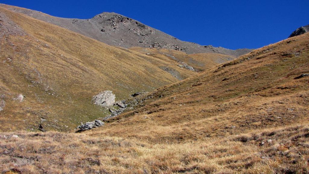 Cima del Pelvo vista dal Vallone Serpentiera (11-10-2009)
