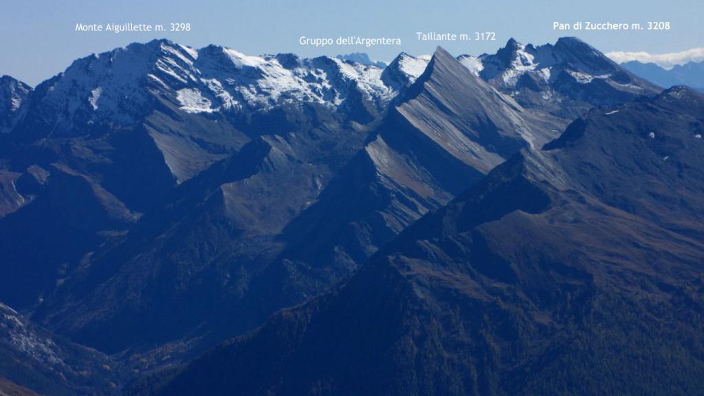 panorami osservati dalla vetta della Serpentiera...03 (11-10-2009)