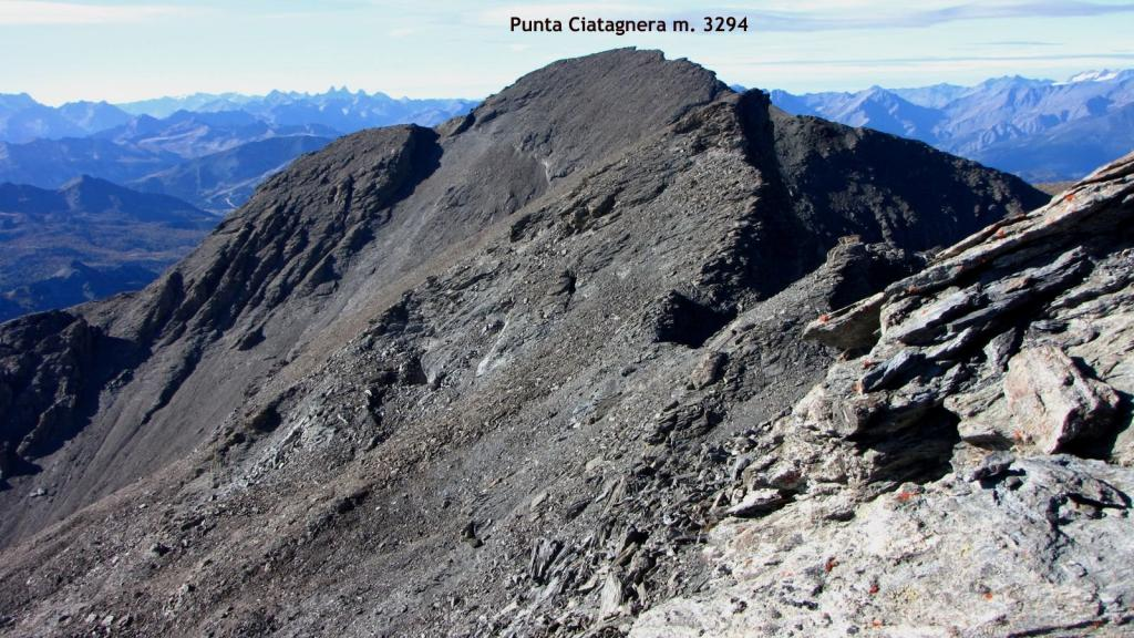panorami osservati dalla Cima del Pelvo...01 (11-10-2009)