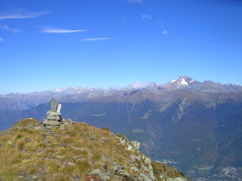 Sulla cima del monte Vespolo