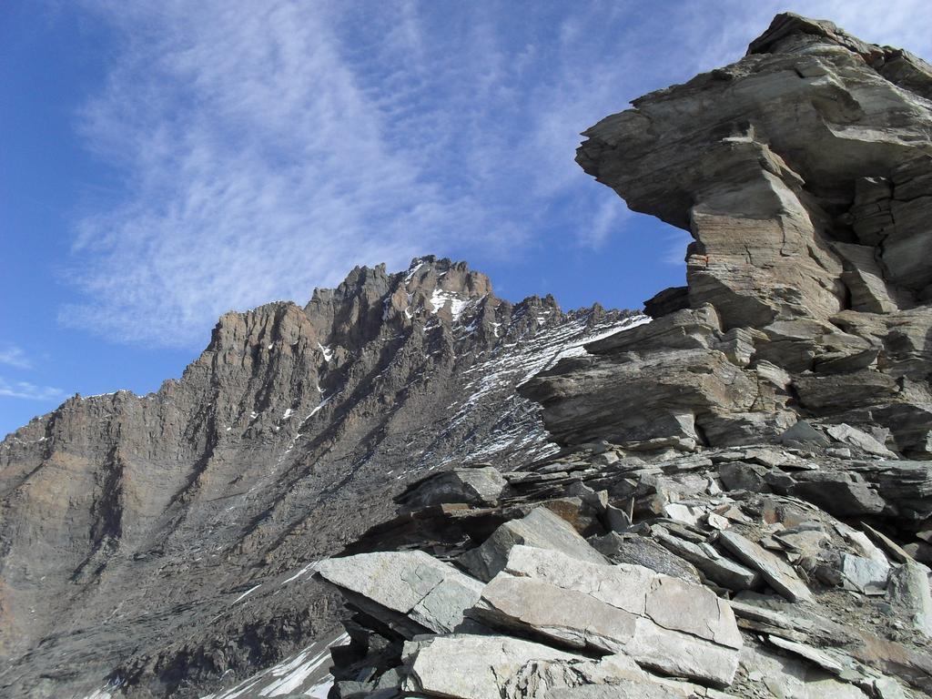 Grivola (Bivacco della) o delle Guide di Valsavarenche da Tignet 2009-10-16