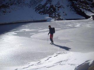 sfida al ghiaccio del lago dell'Oro