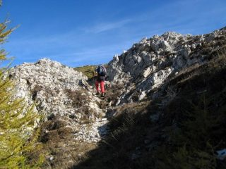 Passaggio sulla cresta SO del Bec di Nona