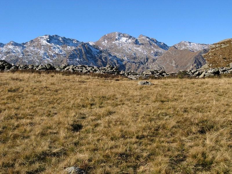 Giavino, Monfandì e Liamau dai pressi dell'Alpe La Trucca