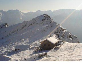 L'Alpe di Colla e la Colmetta scendendo dalla P.Praghetta