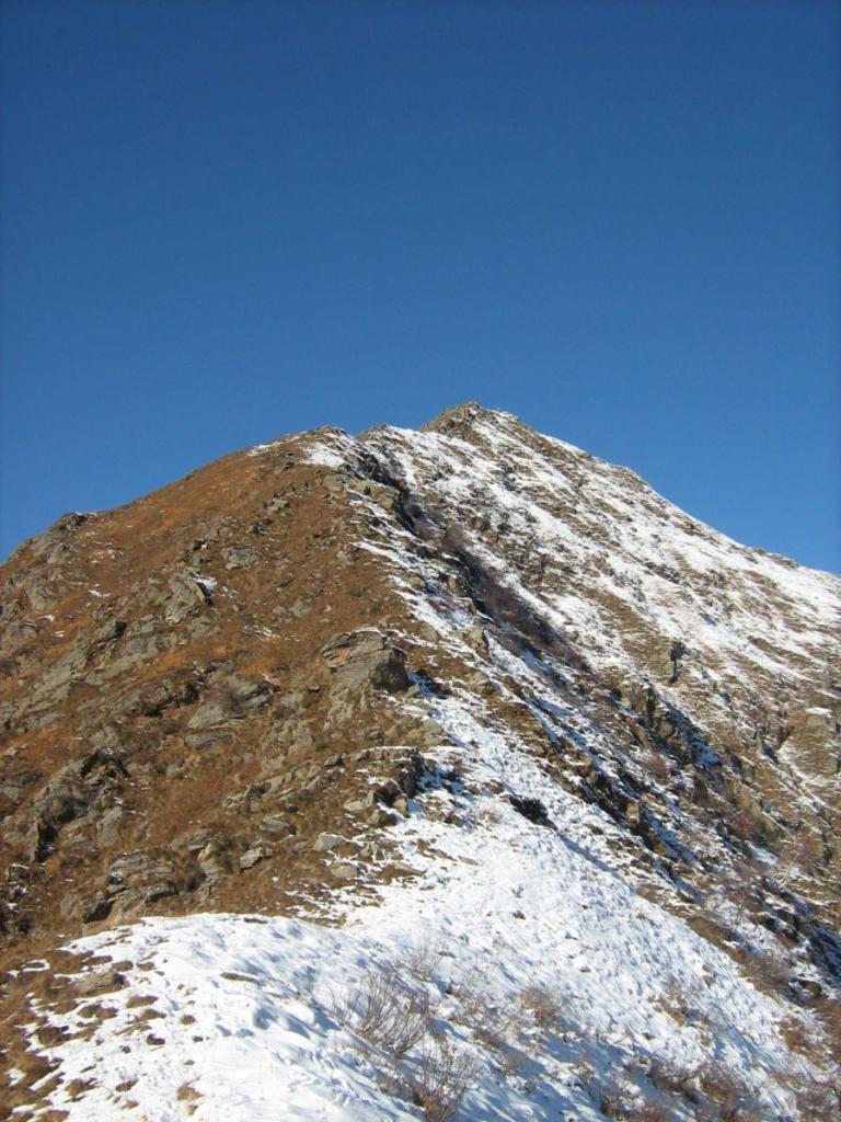 Rossi (Testa dei) Anello da Montescheno per la cresta SE e la val Brevettola 2009-11-11