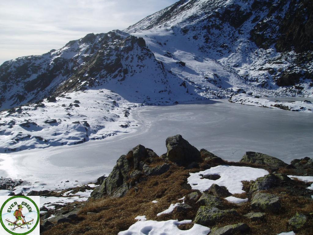 il lago viana gelato