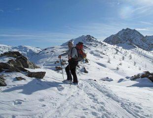 La cresta da percorrere per raggiungere la cima dall'anticima Nord 2413m