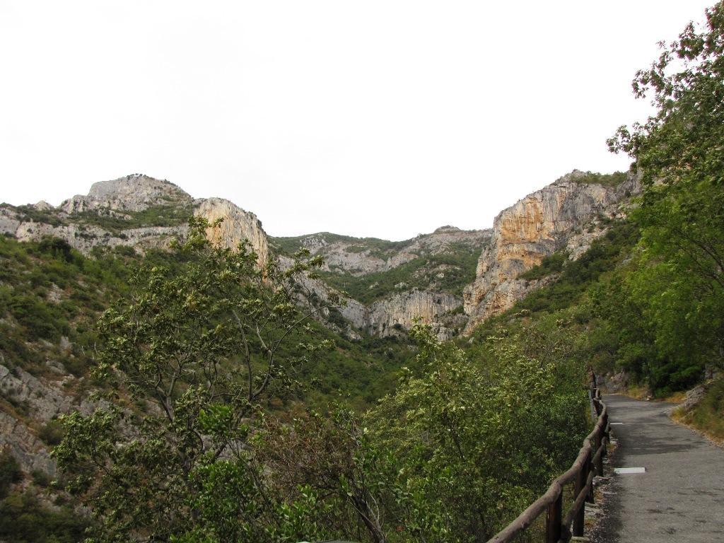 panorama verso la valle del vero