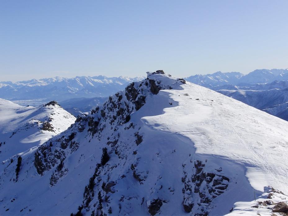 La cima SE del Nebin