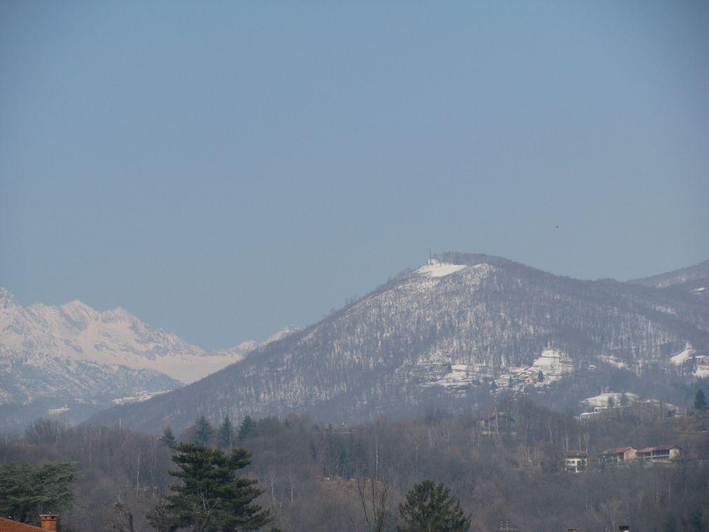 Il Monte Belice visto dalla pianura di Spineto