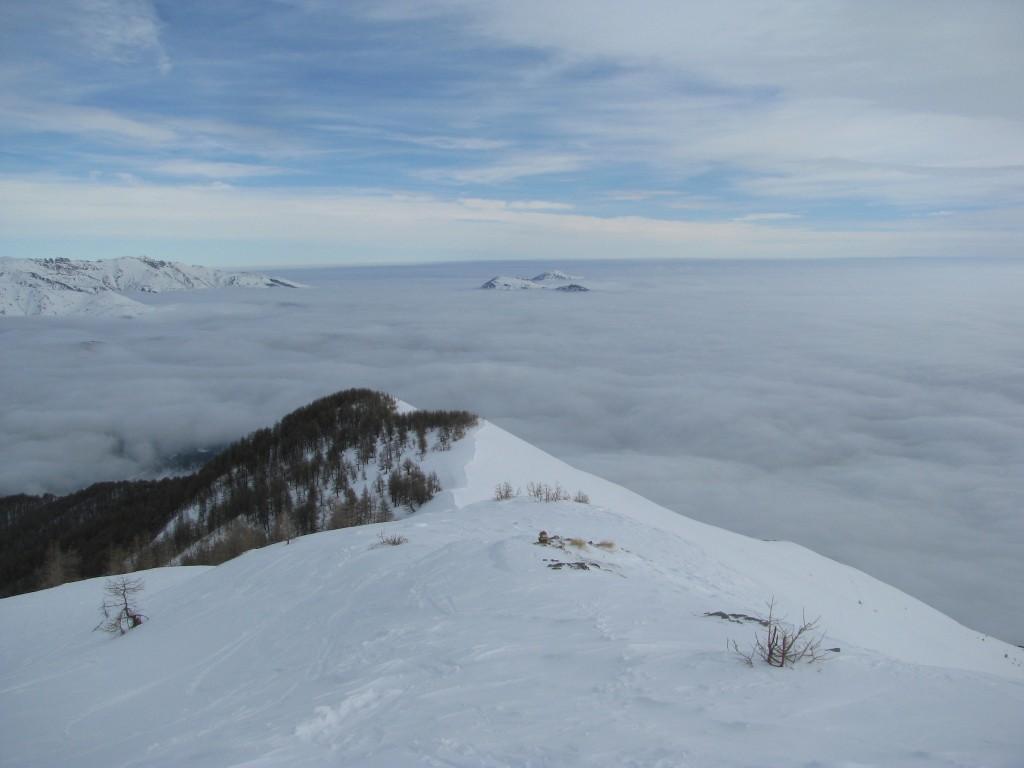 Mare di nuvole sulla Val Tanaro