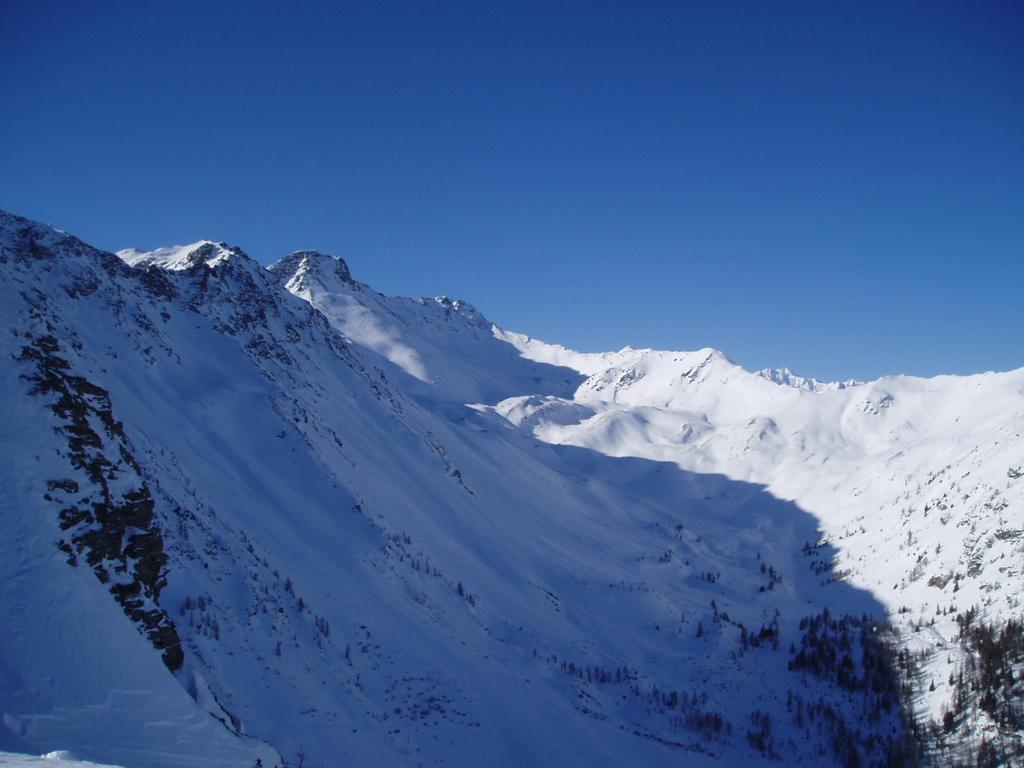 vista sul vallon d'Arsy con  il Fallere