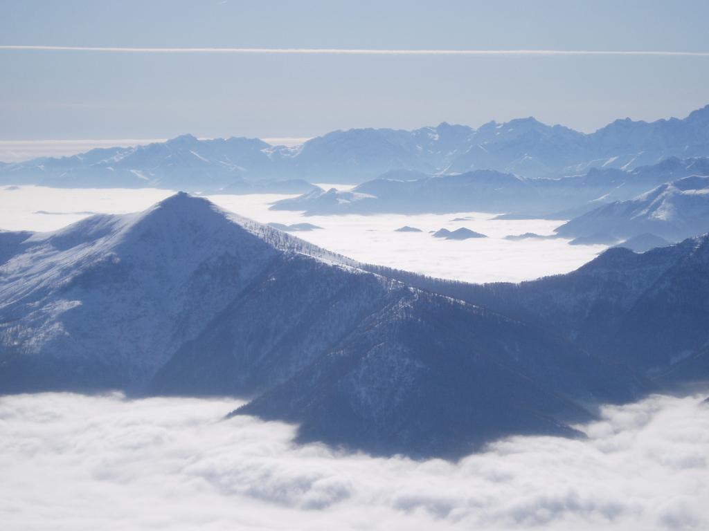 nubi in pianura