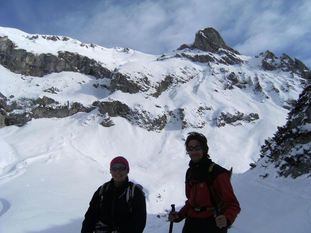 Marilena e Florewed alle spalle la ovest della fascia