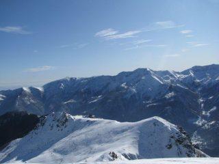 Panorama sulla cresta spartiacque Locana-Ribordone