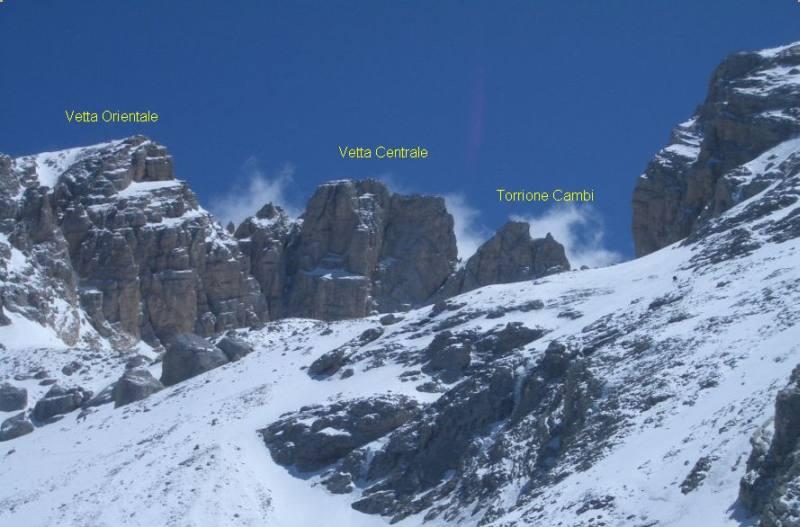 Corno Grande Vetta Occidentale normale invernale dal Calderone 2007-05-20