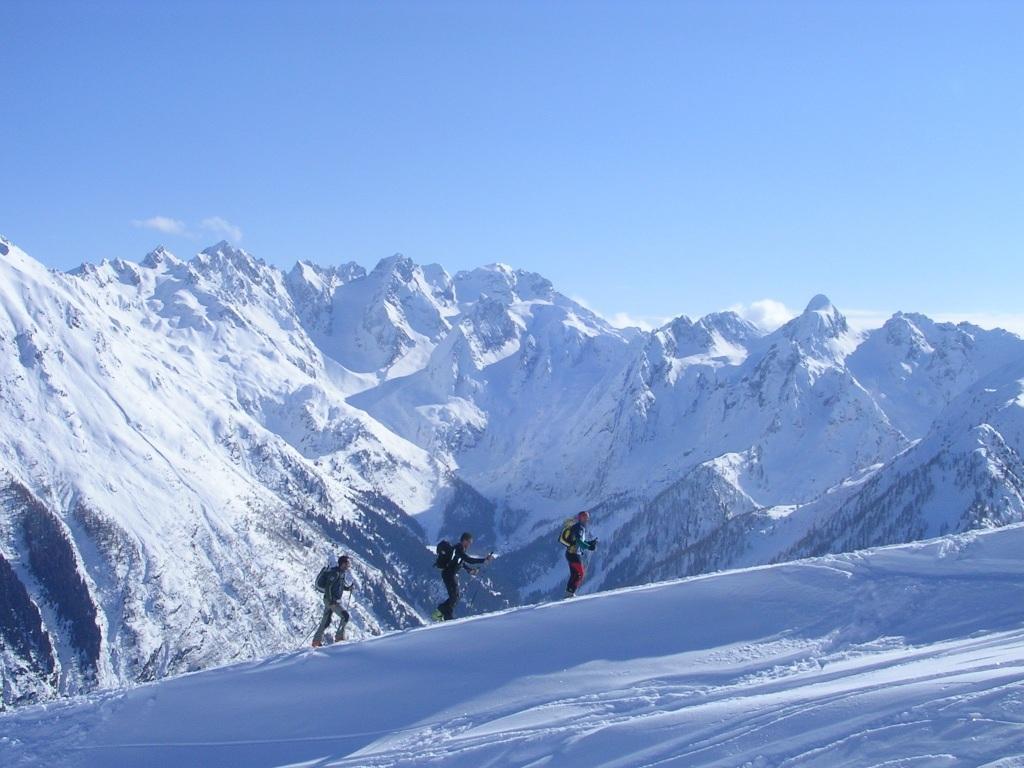 scialpinisti verso il Meriggio