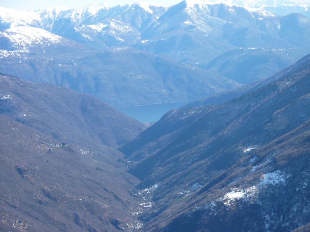 Uno scorcio di Lago Maggiore