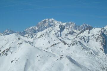 Spettacolo sul Monte Bianco   I   Un vrai spectacle sur le Mont Blanc   I   Amazing view towards Mont Blanc   I   Schauspiel auf dem Mont Blanc   I   Un espectáculo sobre el Mont Blanc