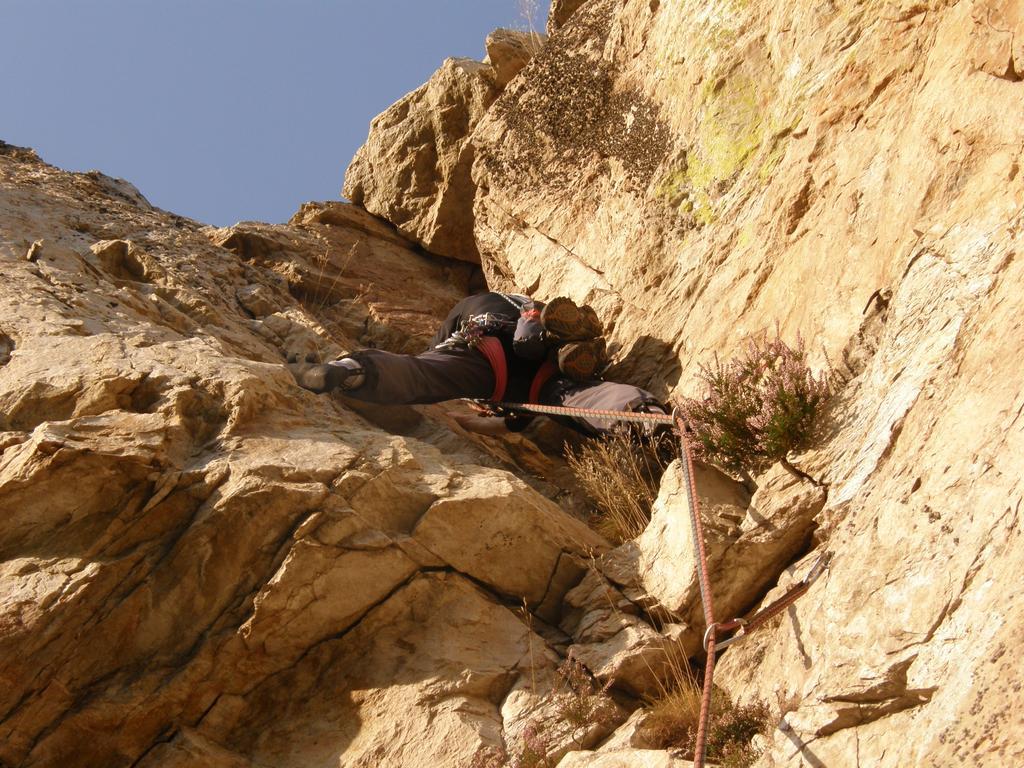 Aia (Rocca dell') - Vers. NO via Capre volanti + Elli 2008-10-29