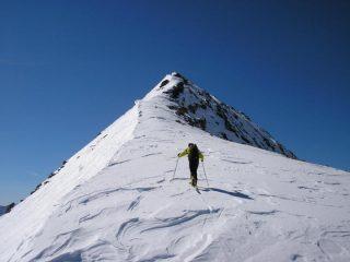 Cresta finale per la cima
