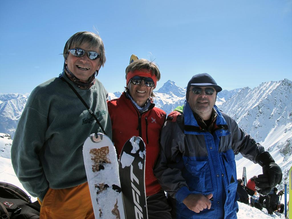 in cima: Ettore, Irma, Claudio
