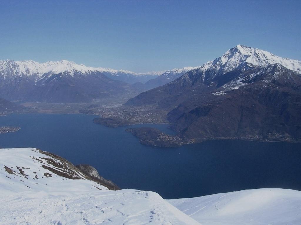 panorama verso la Valtellina