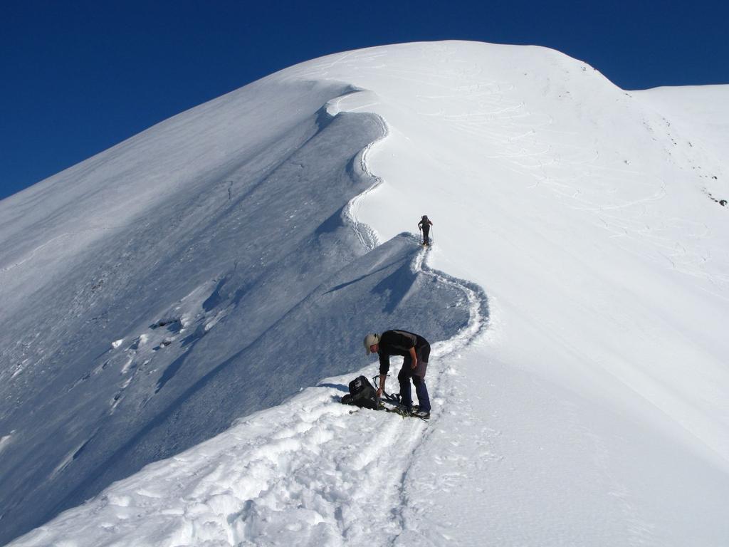 la cresta Sud-Est che si segue per raggiungere la cima (3-5-2009)