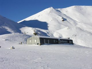 il Rifugio Trofarello alla Fauniera (24-12-2006)