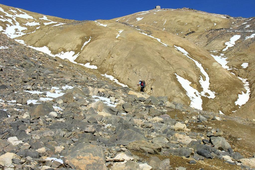 salendo verso il Monte Thabor