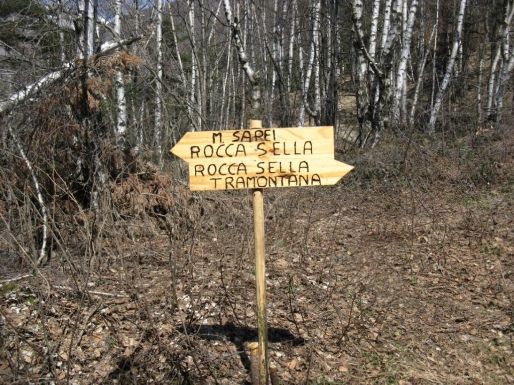 Nuova segnaletica per Rocca Sella