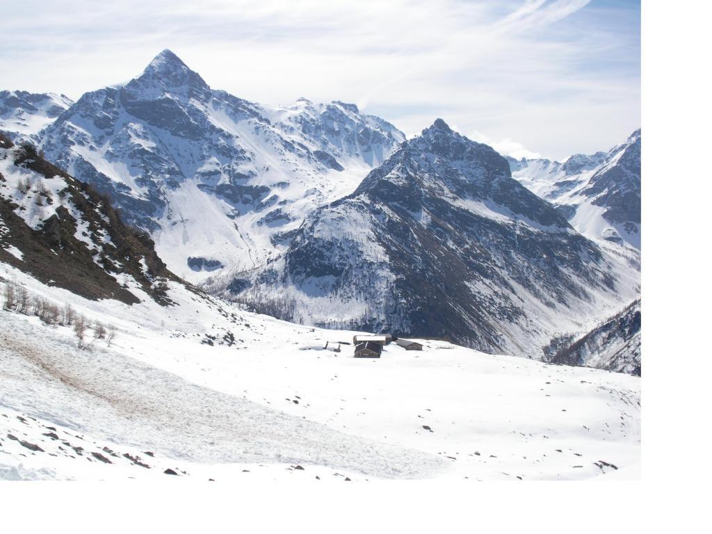 La Becca di Luseney dall'Alpe di Tsa