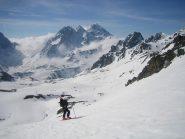ampio panorama verso il Colle della Valle Stretta