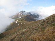 Panorama verso il Monte Soglio, dal pendio finale di salita a Mares