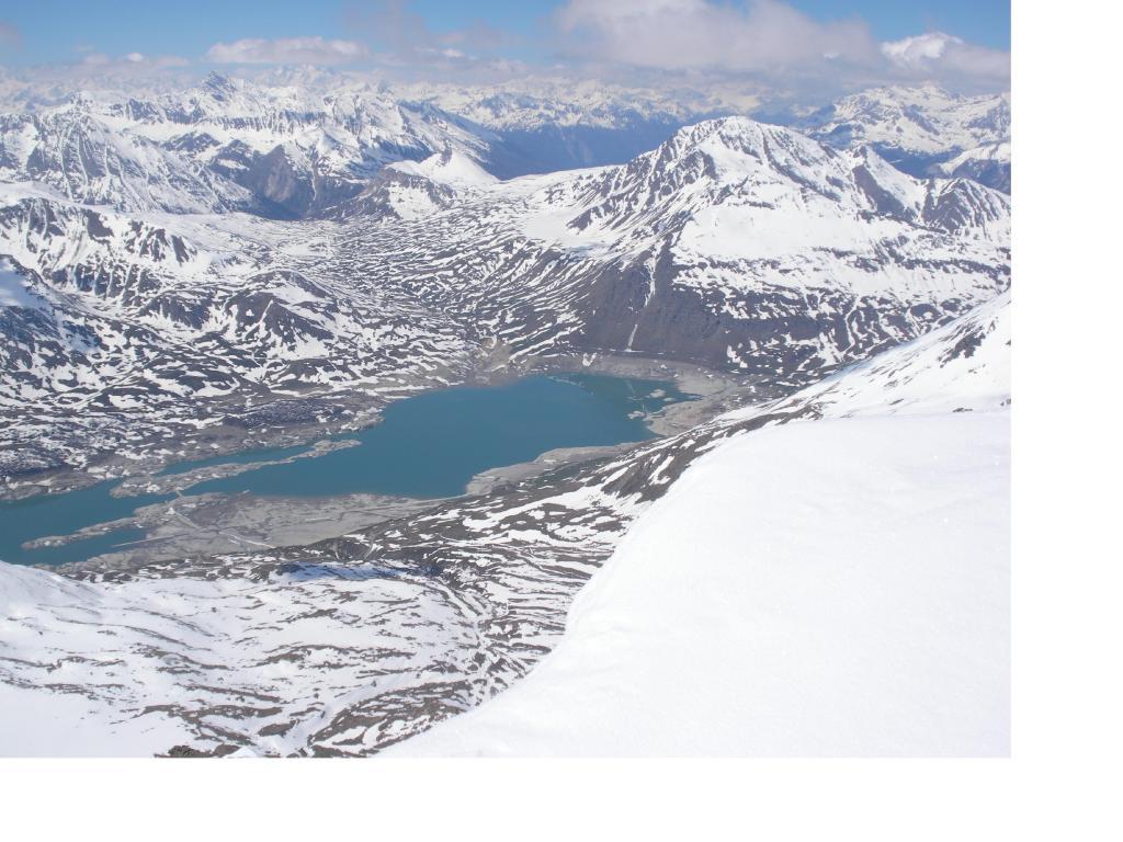 Laggiu' e il lago del Moncenisio...