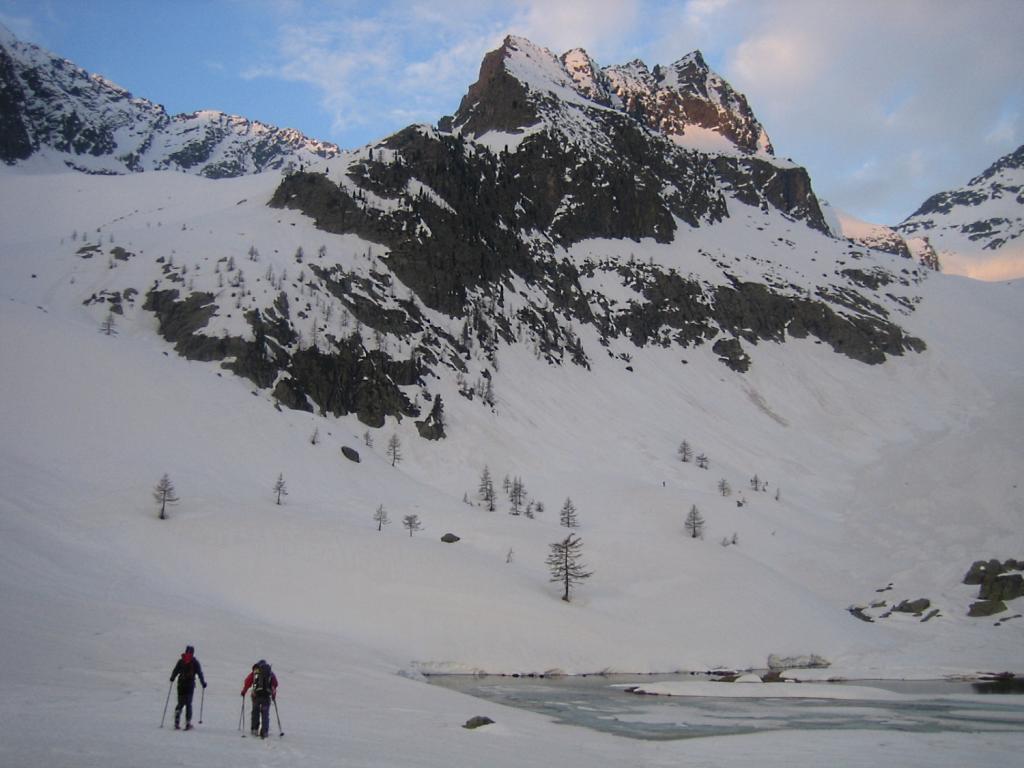 lago inferiore dell'Ischiator 2064 m.