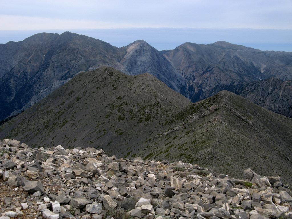 La cresta che porta al Mavri.