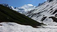 nella parte alta del vallone spunta il Monte Losetta (29-5-2010)