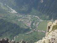 L'abitato di Sambuco visto dal Bersaio.