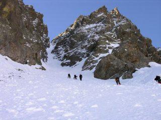 salendo nel canale Nord (ramo sinistro) della Rocca Rossa (14-5-2006)