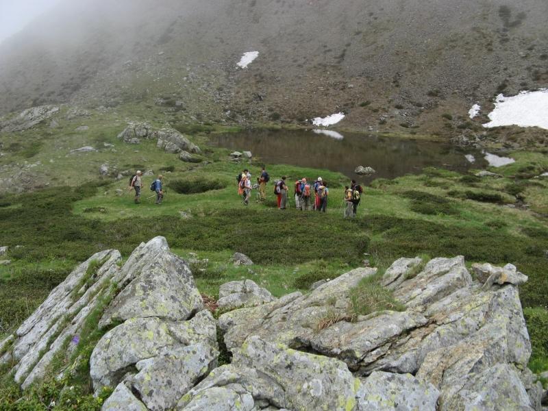 Il gruppo nei pressi del laghetto