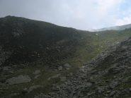 Bastionata erbosa che sostiene il laghetto di Feumunt
