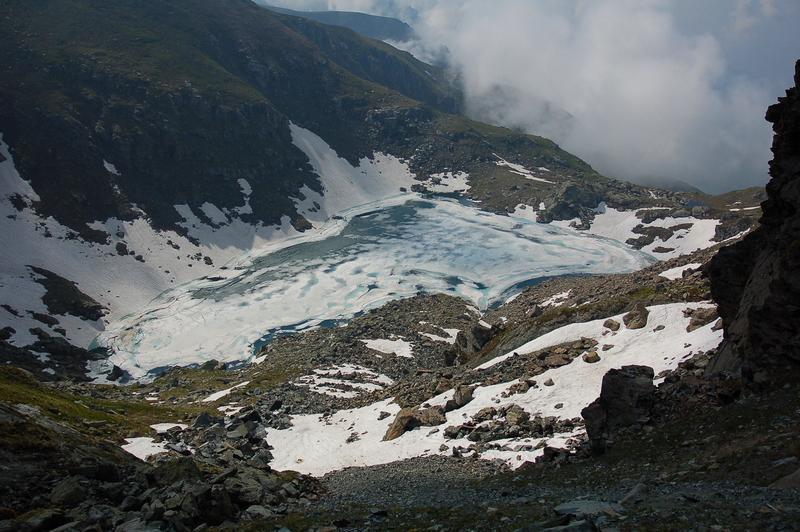 Lago ancora bello zeppo
