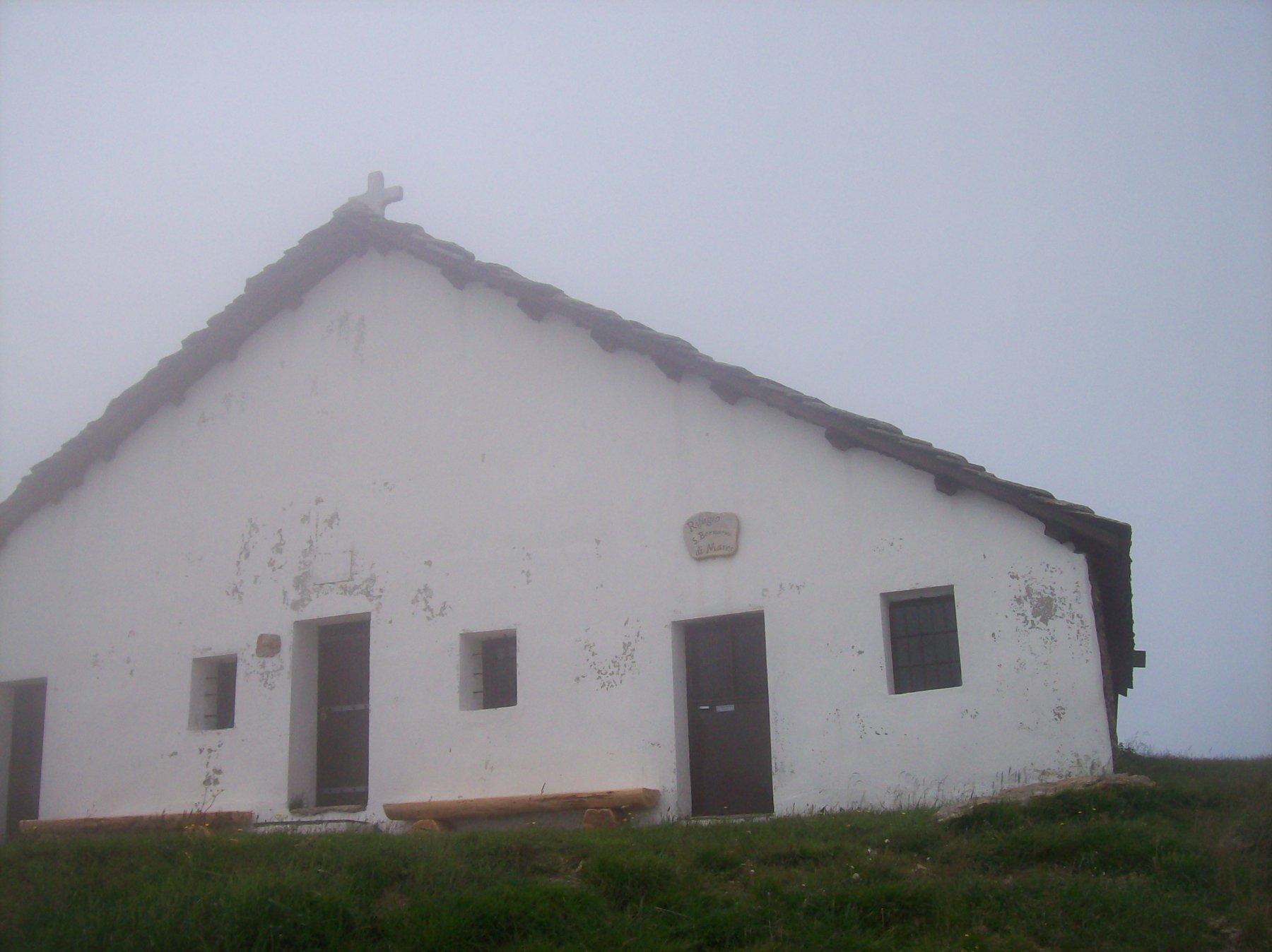 Rifgugio San Bernardo di Mares