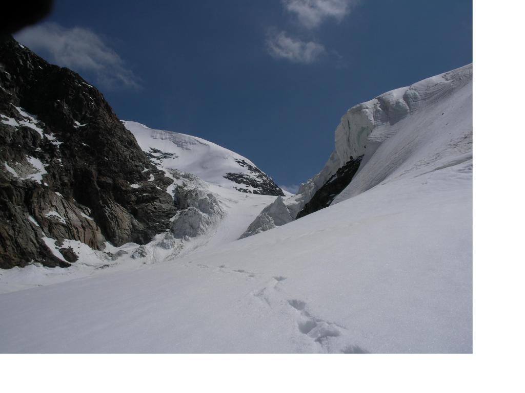 Il Vallone glaciale scelto per la via di ritorno al Mezzalama.