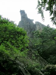 Rocca visibile in fase di avvicinamento